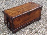 1-Late-17th-century-camphor-wood-sea-chest-with-magnificent-original-rope-handles