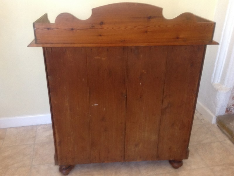 1-Antique-Regency-Victorian-pine-chest-of-drawers-back