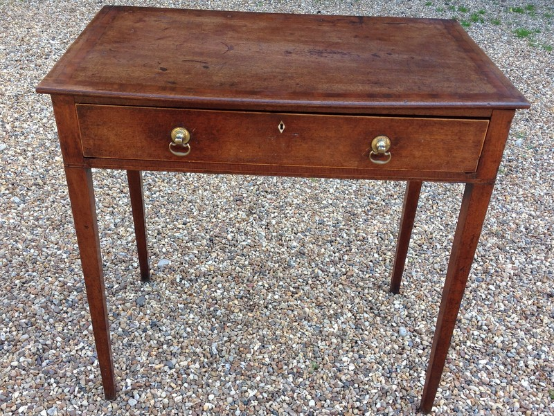 Georgian mahogany side table - front