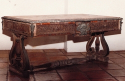 antique-writing-table-before-restoration