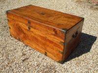 camphorwood-chest-outside