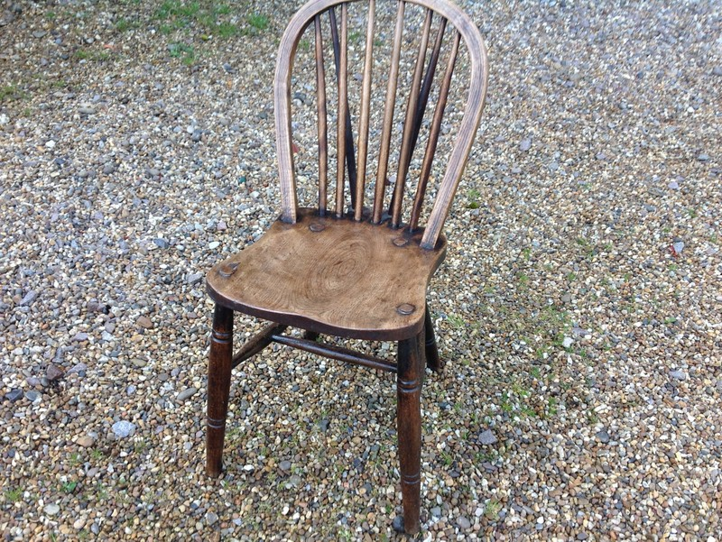 1-Two-antique-Windsor-chairs-front