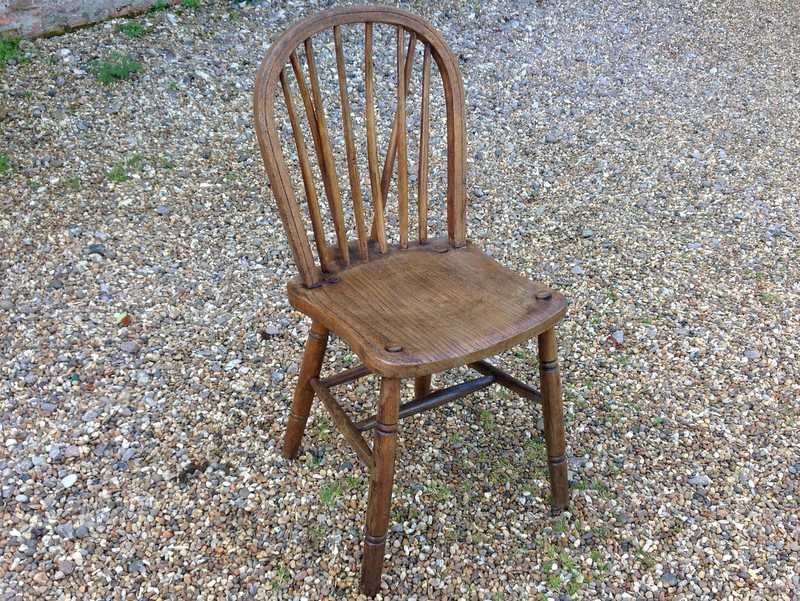 1-Two-antique-Windsor-chairs-front2